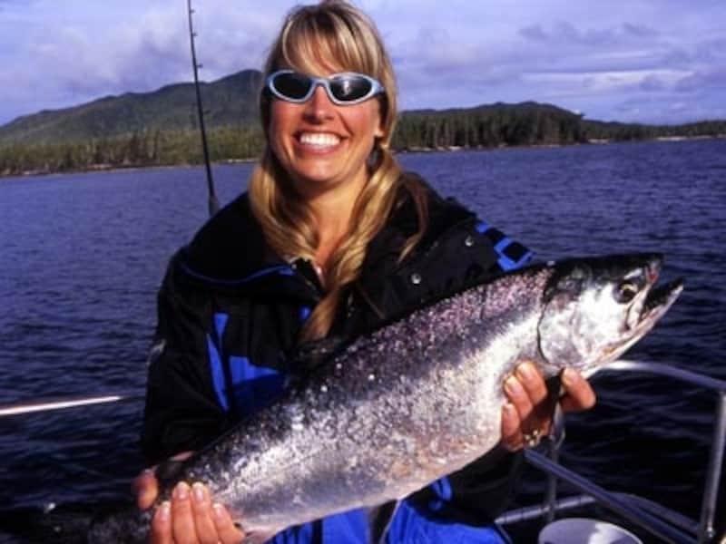 カナダを代表する魚、サーモンの王者シヌーク(キングサーモン)はフィッシャーマンの憧れ(C)TourismBC