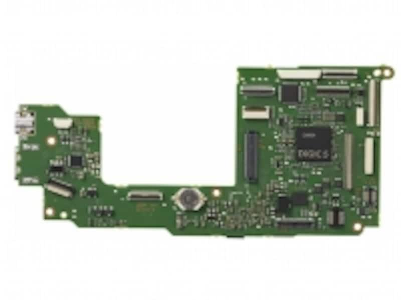 高速処理と優れたノイズ低減性能を誇る最新の画像処理エンジン「DIGIC5」