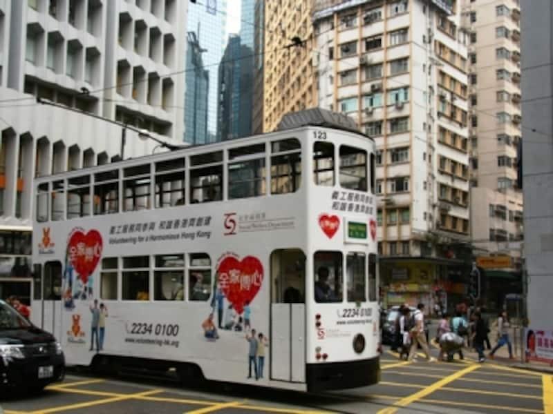 香港島をはしる二階建てトラム
