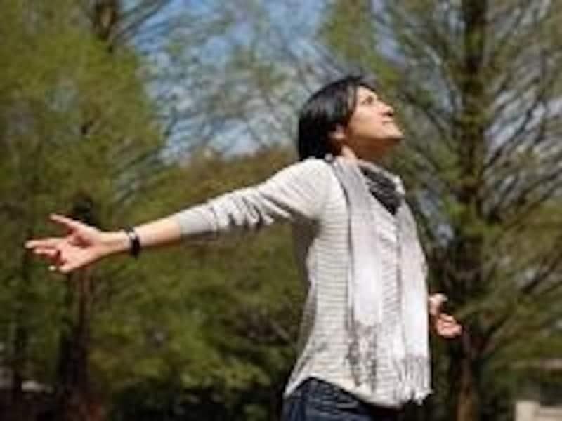 緊張したら深呼吸。ゆっくり長く吐くことを意識すると、副交感神経が上がります。