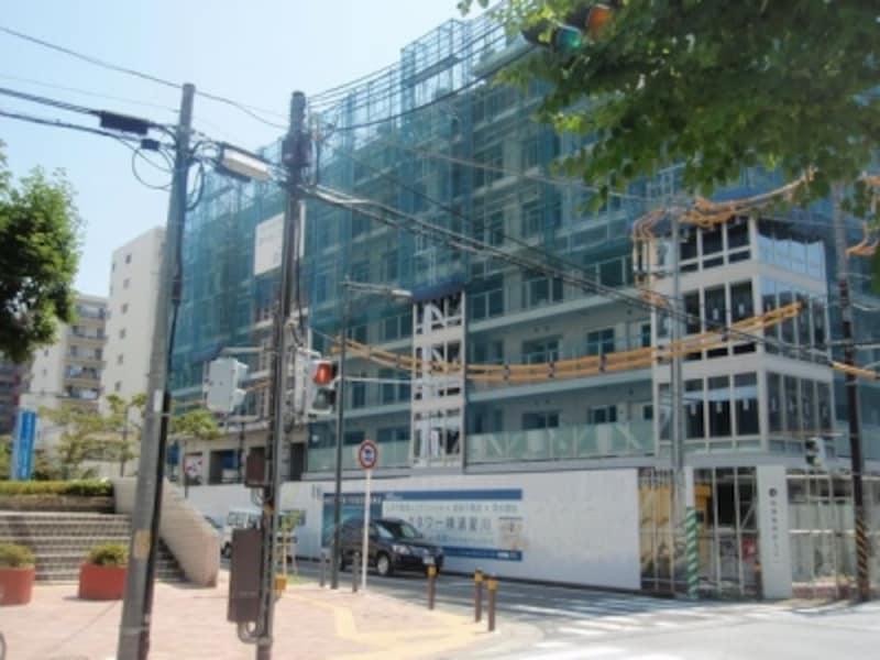 保土ヶ谷区役所の向かいに建設中のパークタワー横浜星川