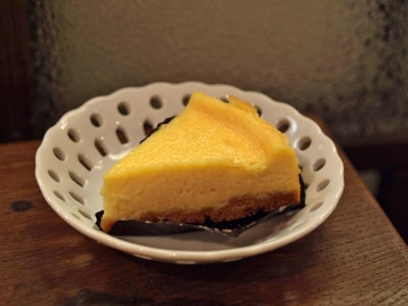 グリュイエールチーズのタルト 420円