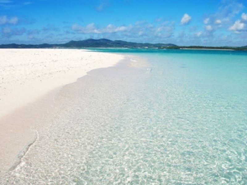 海の色の美しさに思わずテンションがあがる沖縄のビーチ!
