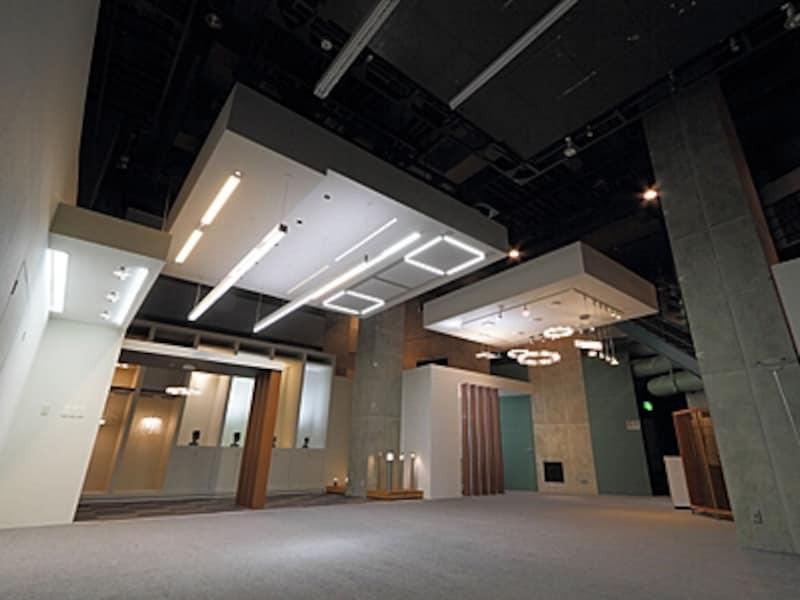 地下のLED照明実験室