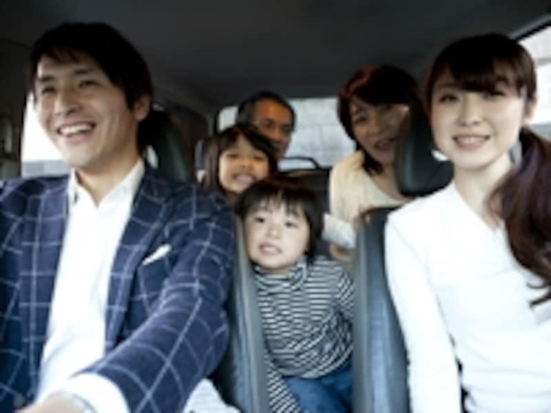 三世代で旅行をするなら、車での移動がおすすめ