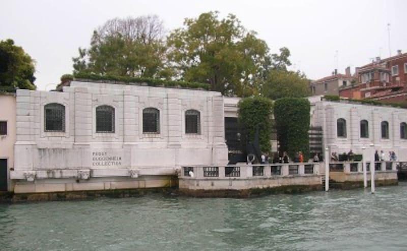 人気の現代アート美術館。周囲にはアートギャラリーも多く立ち並ぶ(出展:Wikipedia)