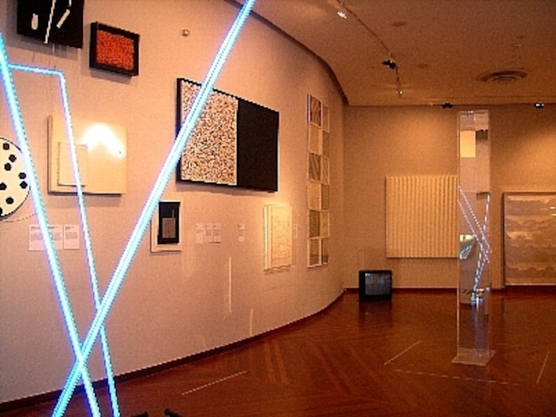 中には光や映像を駆使したアートもあり!