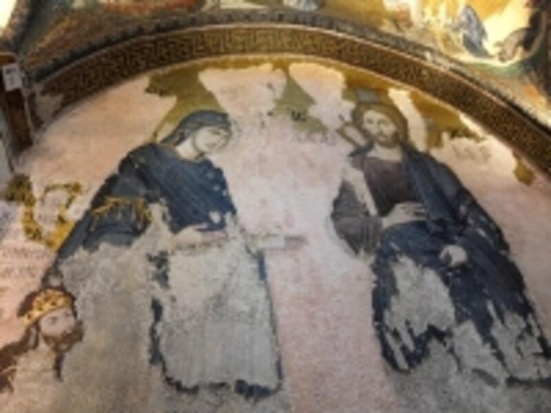 カーリエ博物館、聖母とキリスト