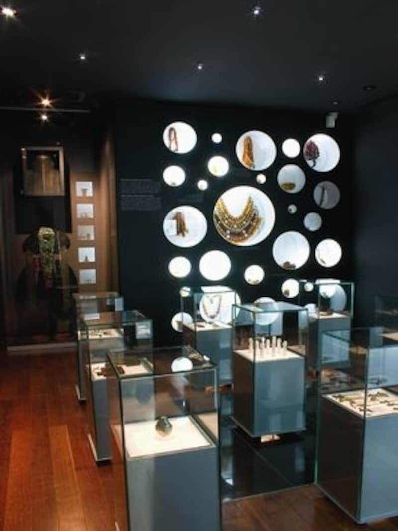 三清洞でも特に人気のある小規模博物館です。オシャレのインスピレーションを受けるかも(C)worldjewellymuseum