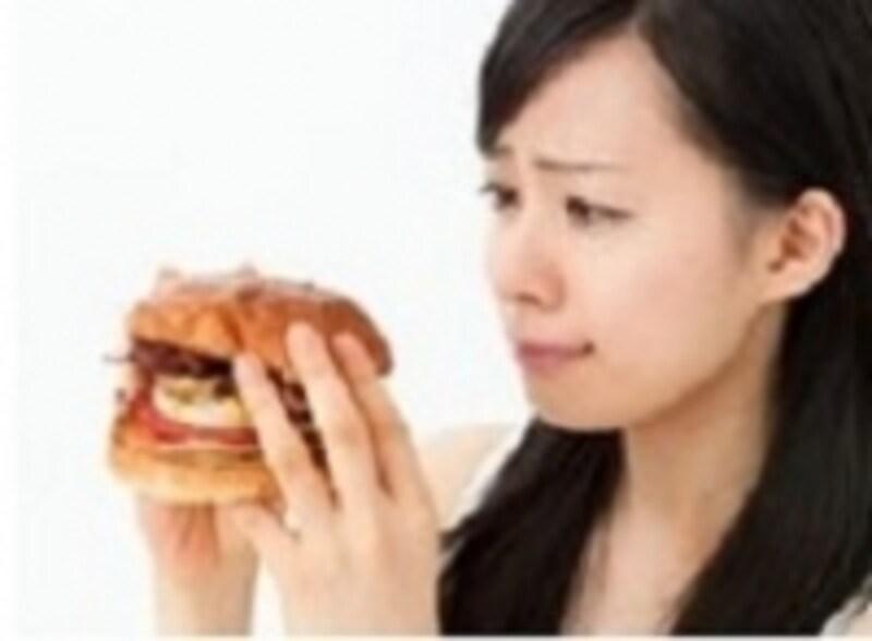 ダイエット,寝る前undefined空腹,食欲,我慢