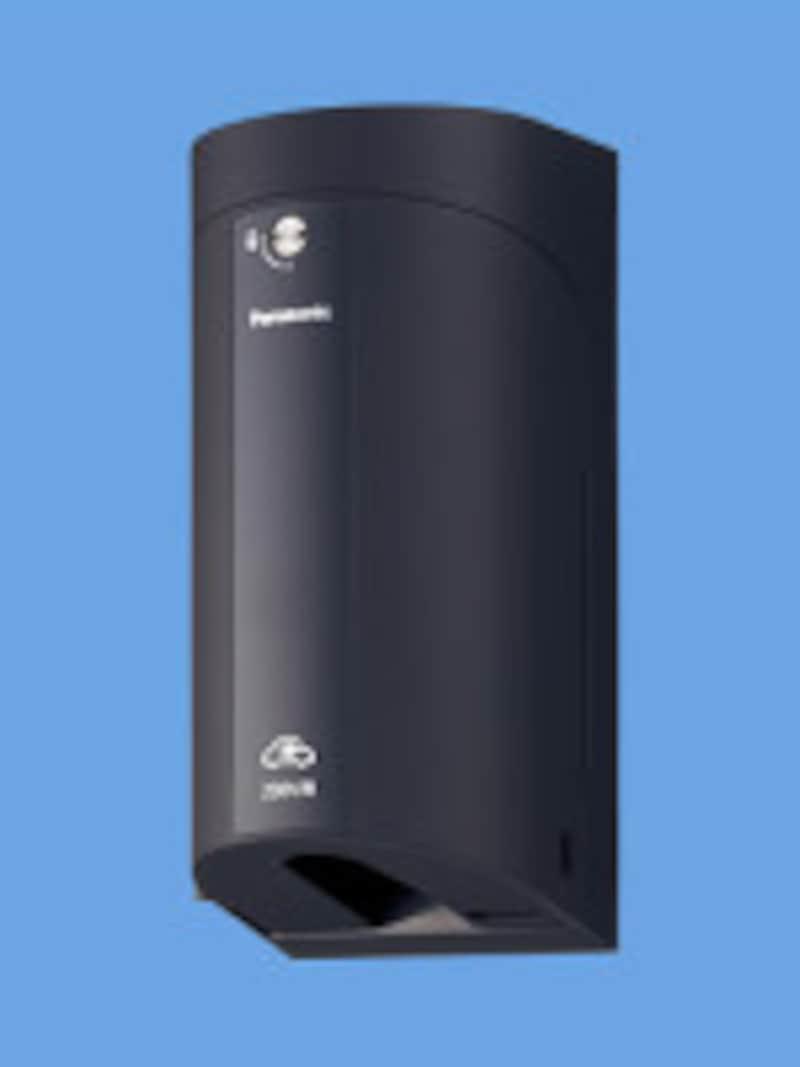 保護カバーと簡易錠を装備したEV・PHEV充電用の屋外コンセント。[EV・PHEV充電用コンセント] パナソニックエコソリューションズ