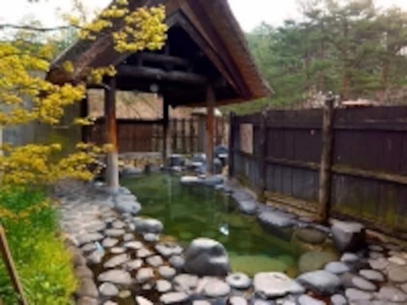 中山平温泉旅館琢秀の露天風呂