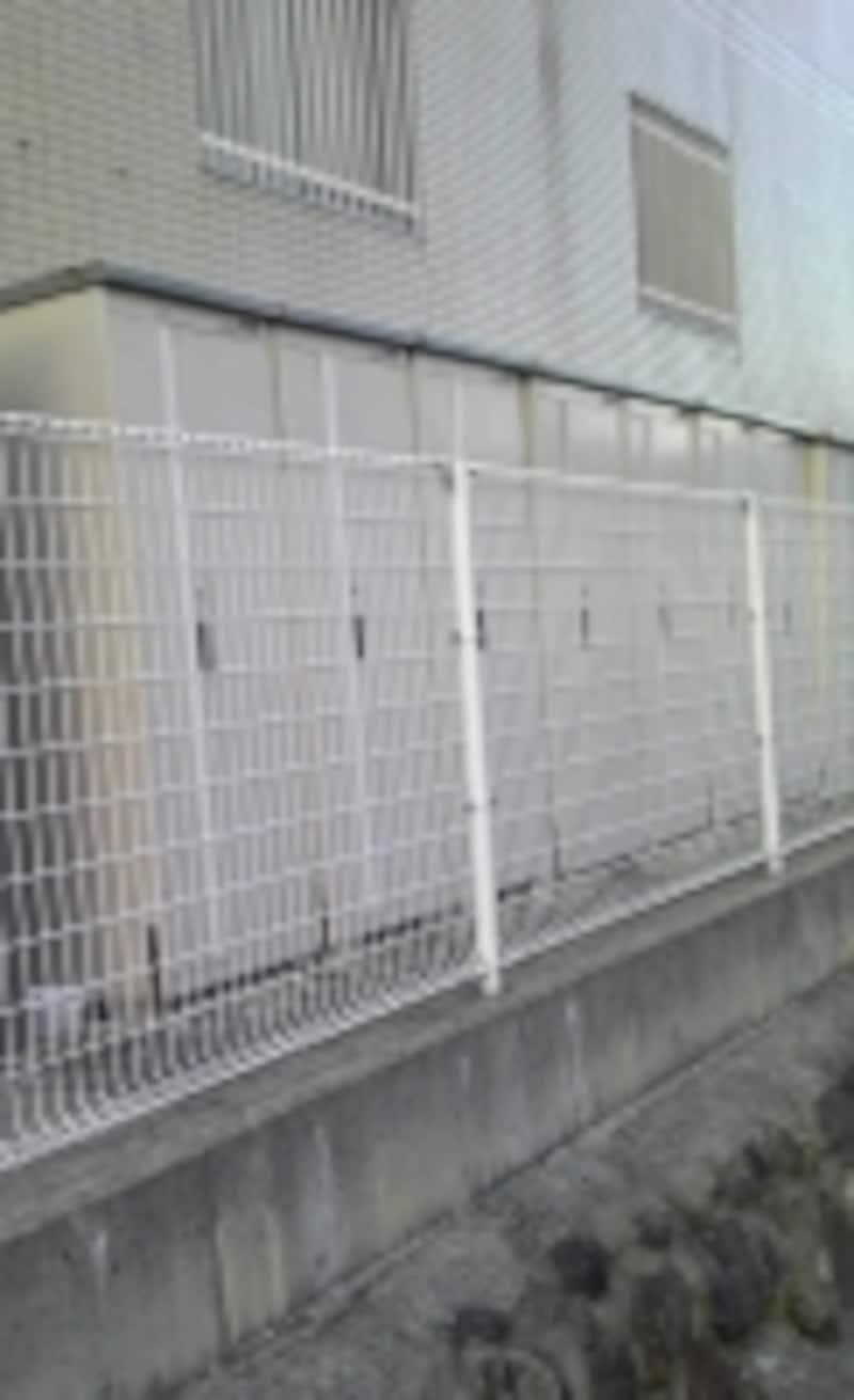 外部倉庫は必需品。使用料は家賃に含まれることが多い。