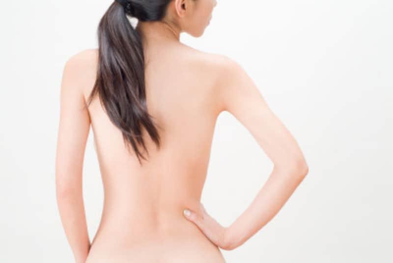 背中を薄くする美背中ストレッチ方法