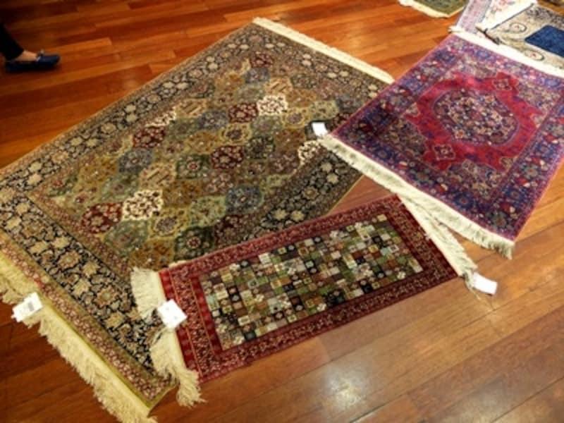 チュナル絨毯