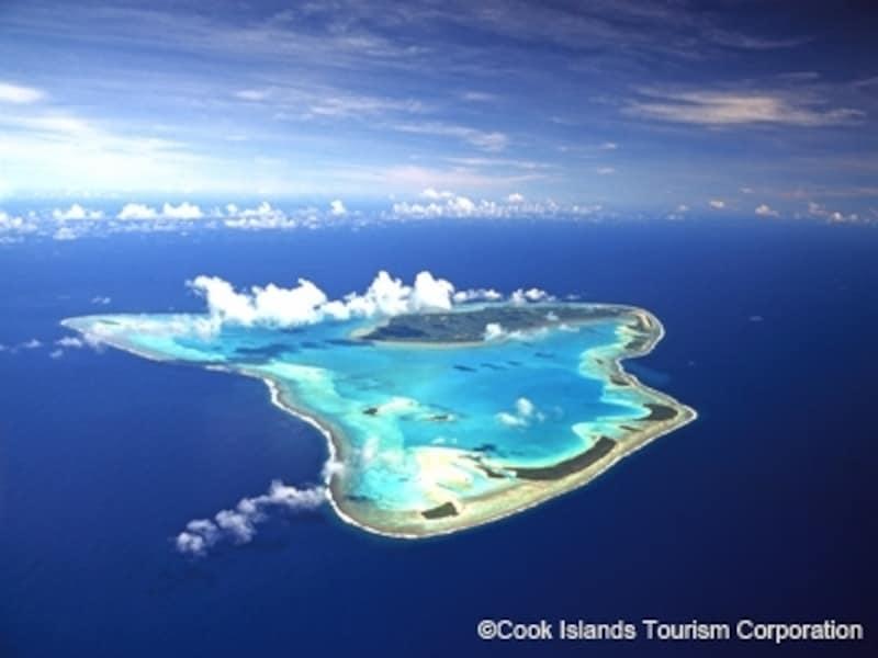 クック諸島へ憧れるツーリストの多くが目指すアイツタキ環礁