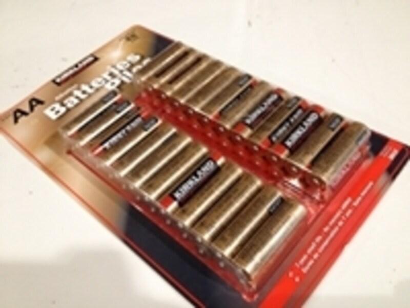 カークランドの乾電池も本数が多いのでシェア