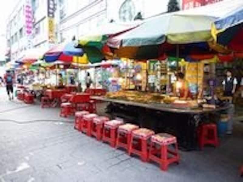 日本では屋台で何かを食べる機会があまりないので、南大門で体験してみてはいかがでしょうか?
