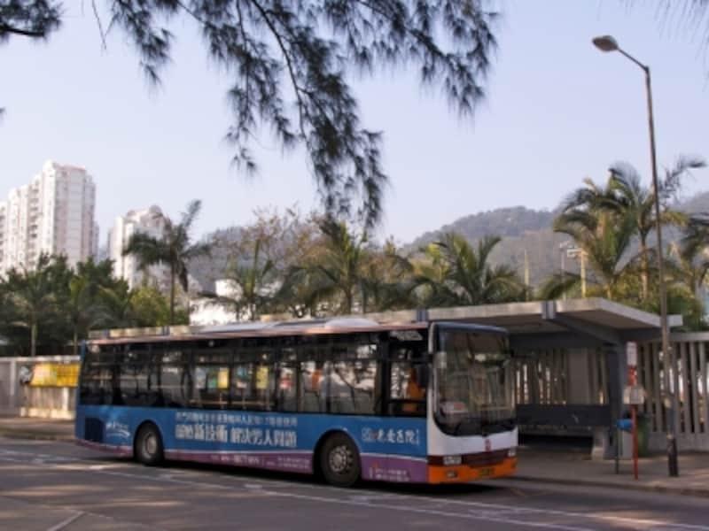 ハクサビーチ前のバスターミナル