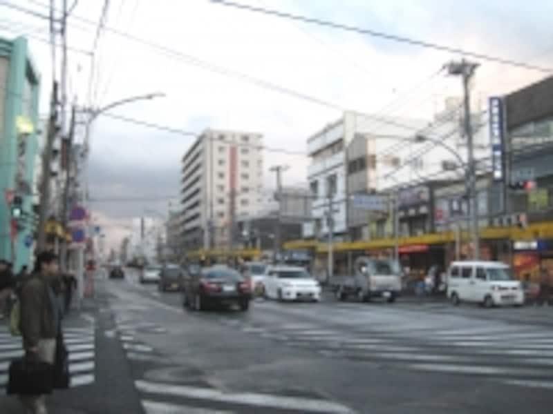 商店街入り口近く