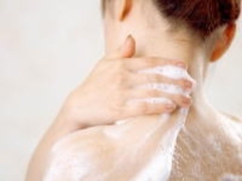 よくかき混ぜながら入りましょう。皮膚に刺激を感じたら使用を中止、すぐに洗い流してください。