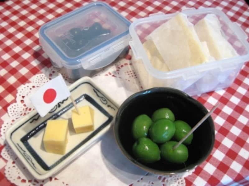 チーズやオリーブ