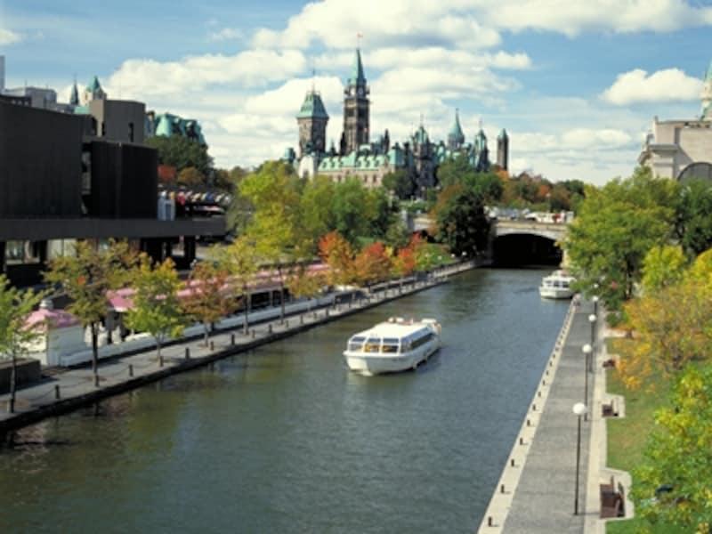 建設当時に作られた水門など、ほとんどが原型のまま(C)TourismOntario