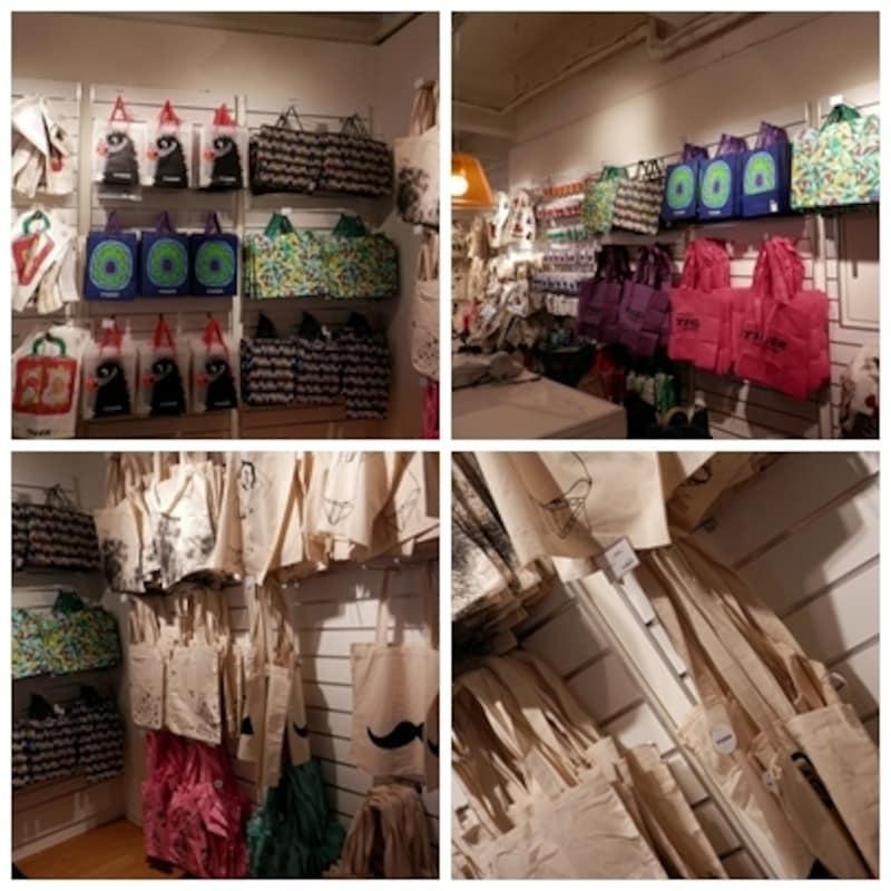 タイガーのショップ袋、エコバッグも人気商品