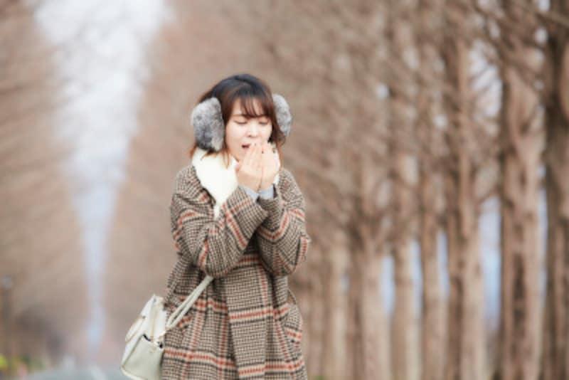 睡眠不足、朝食抜き、ダイエットなどで冷え性が増加中