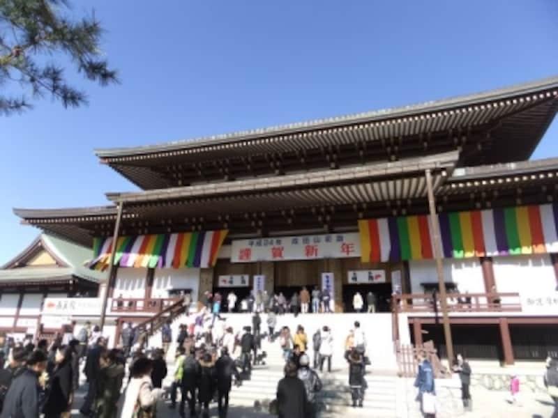 成田山新勝寺・大本堂