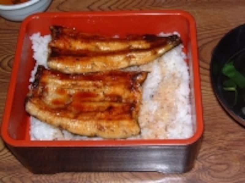 成田名物のうなぎを使った鰻丼