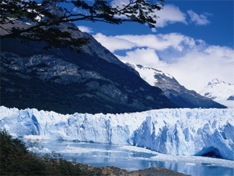 ペリト・モレノ氷河はアルゼンチン旅行最大のクライマックス
