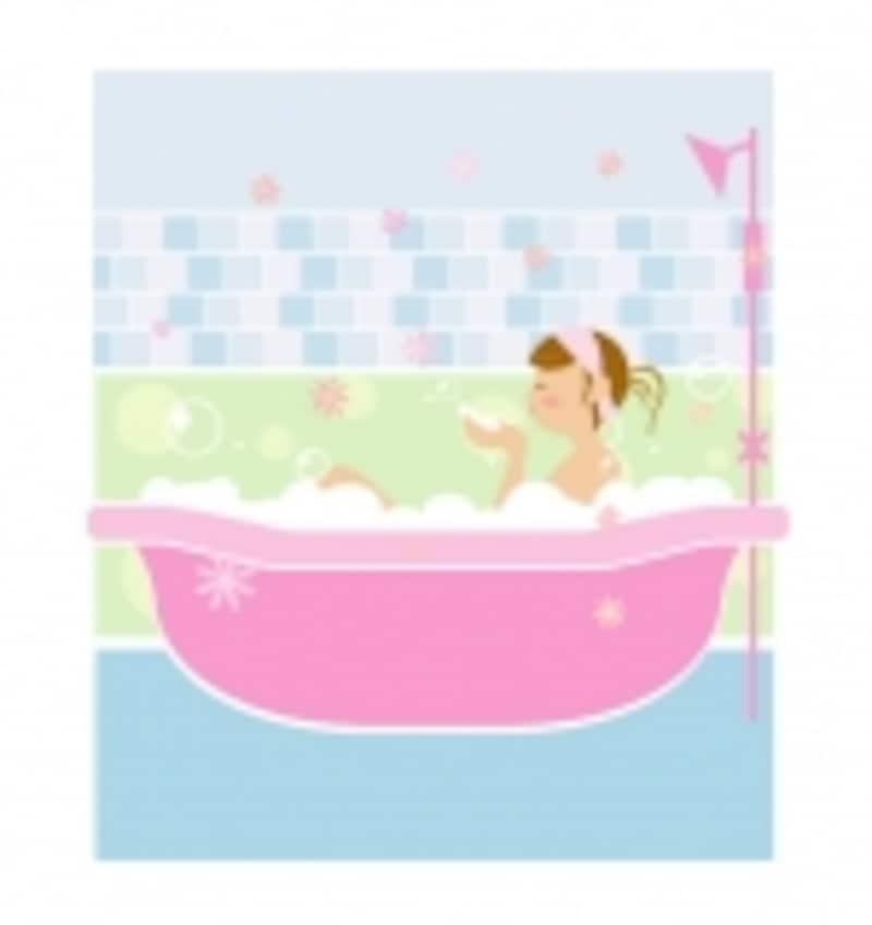 お風呂の湯船に2/3くらいまで蓋をして、湯気が顔に立ち上るように体制を整えて、蒸気が逃げないようにバスタオルを被って顔いっぱいに蒸気を浴びます