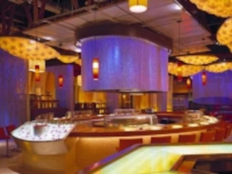 寿司レストランらしからぬ店内