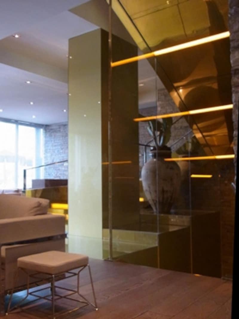ゴールドのの階段室