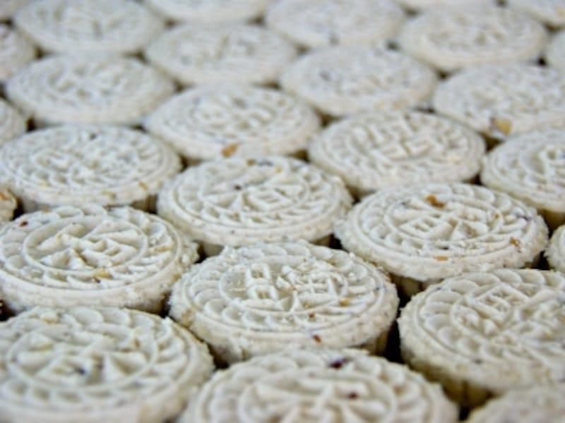 マカオ名物アーモンドクッキー(写真は咀香園)