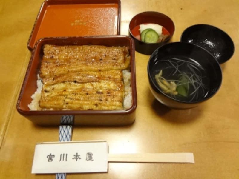 うな重ハ3780円(肝吸いは別料金)