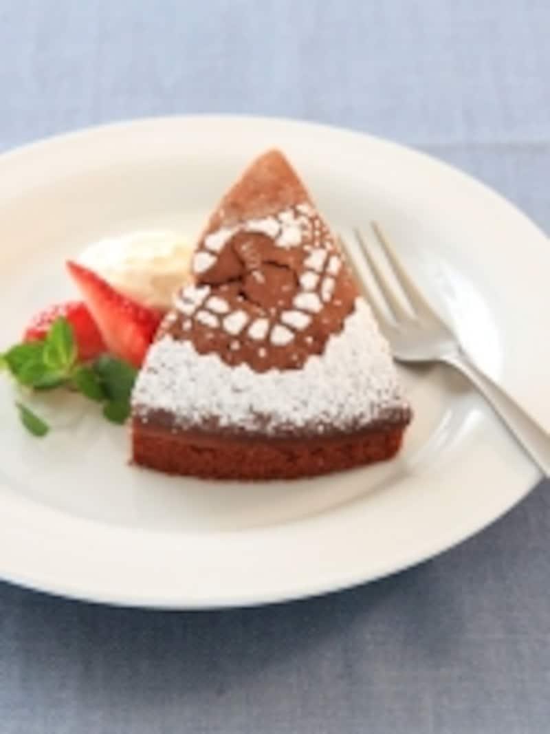 ケーキに簡単デコレーション