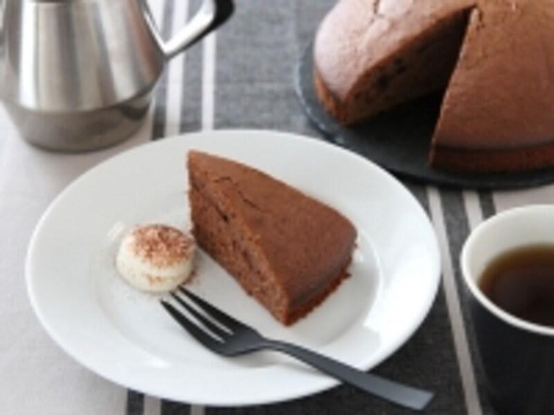 【簡単レシピ】混ぜるだけの板チョコケーキ