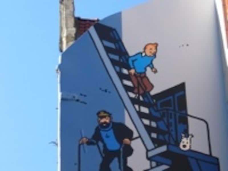 バンド•デシネ(漫画)の町ブリュッセルでは、あちこちに人気キャラクターの壁画が©BITC-O.vandeKerchove