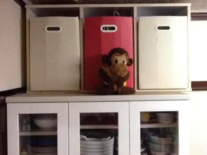食器棚の上の隙間を有効活用undefined