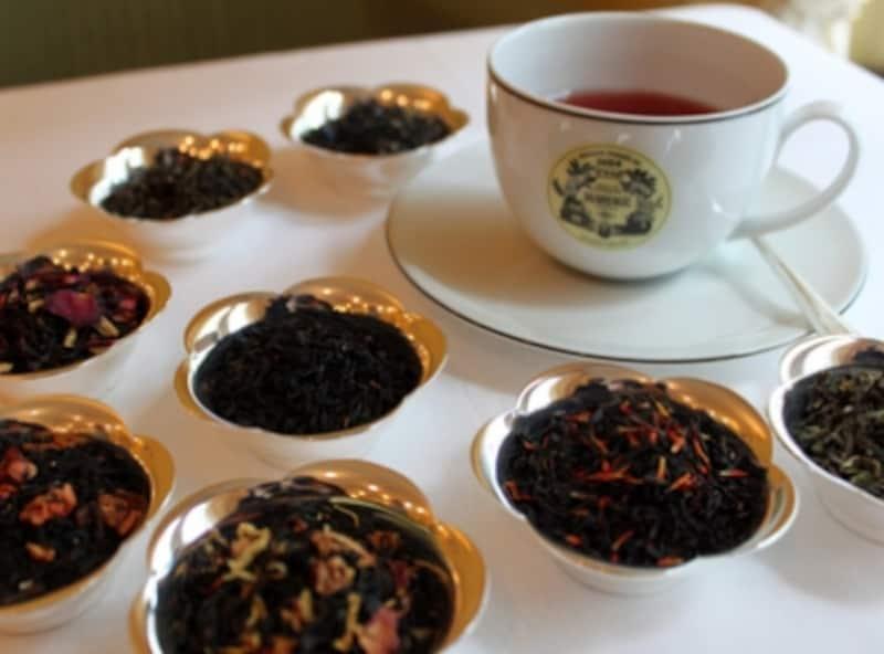フレーバードティー紅茶にいろんな素材が入っています
