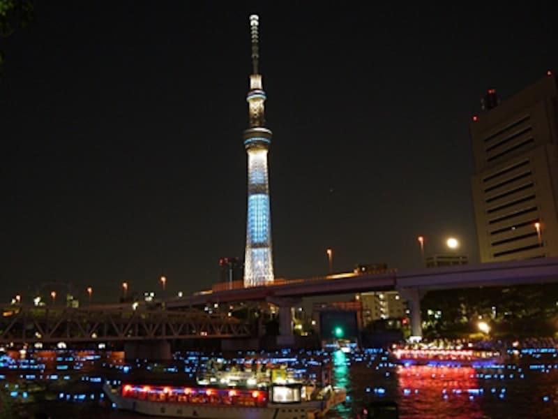 .『東京ホタル(R)』ひかりのシンフォニー(2012年度の様子)