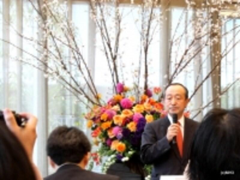 「グラン」発表会<取締役社長八木橋氏>