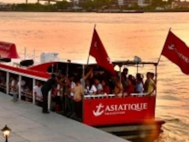 チャオプラヤー川,ボート