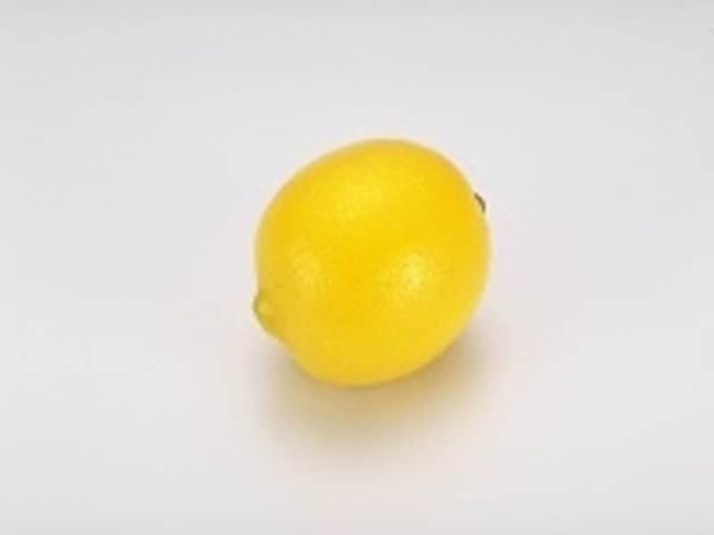 ユーカリプタス・キトリオドラ。レモンの香りがするユーカリ。