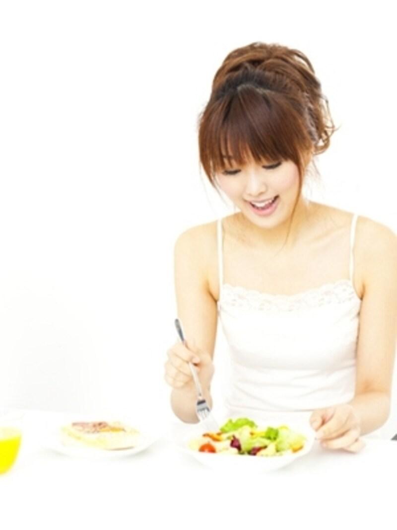 毎日の食生活で栄養素をしっかり摂るのは難しい…