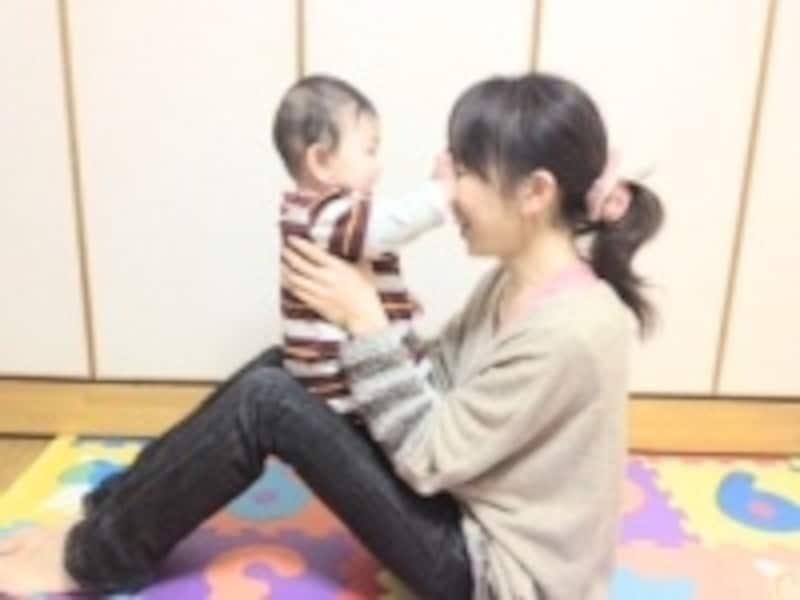 赤ちゃんが嫌がる時は、暴れて危険かもしれませんのでやめましょう