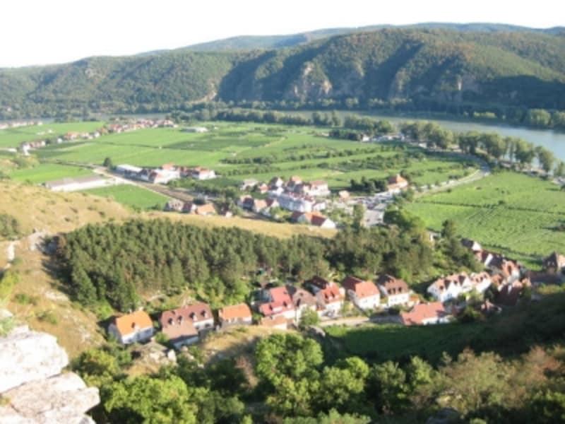 ヴァッハウ渓谷デュルンシュタイン村