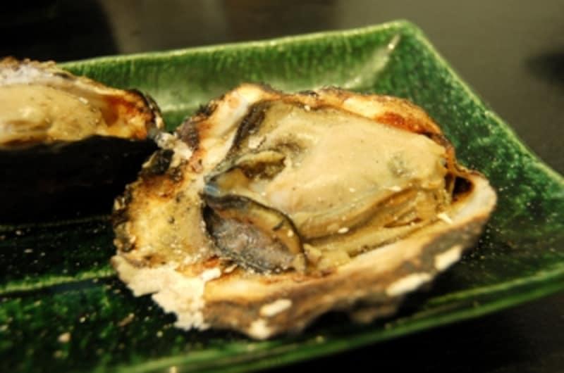 扱うのは広島牡蠣の中でも最高級クラスと言われる、広島地御前産のみ